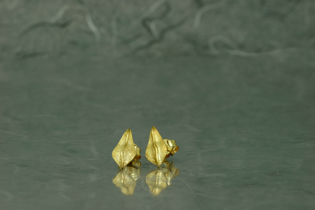 NATURA - Stud Earrings PP, gold plated