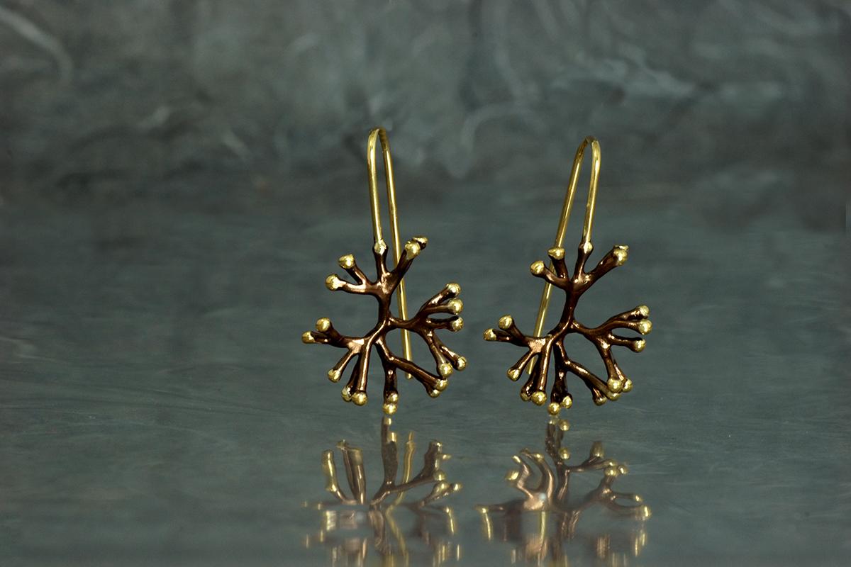 ANEMONA - Pendientes de gancho fijo, ref. SSG, con acabado galvanizado y chapado en oro