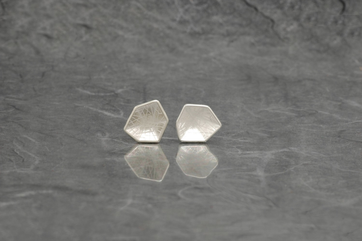 HEXAGONAL - Stud Earrings P