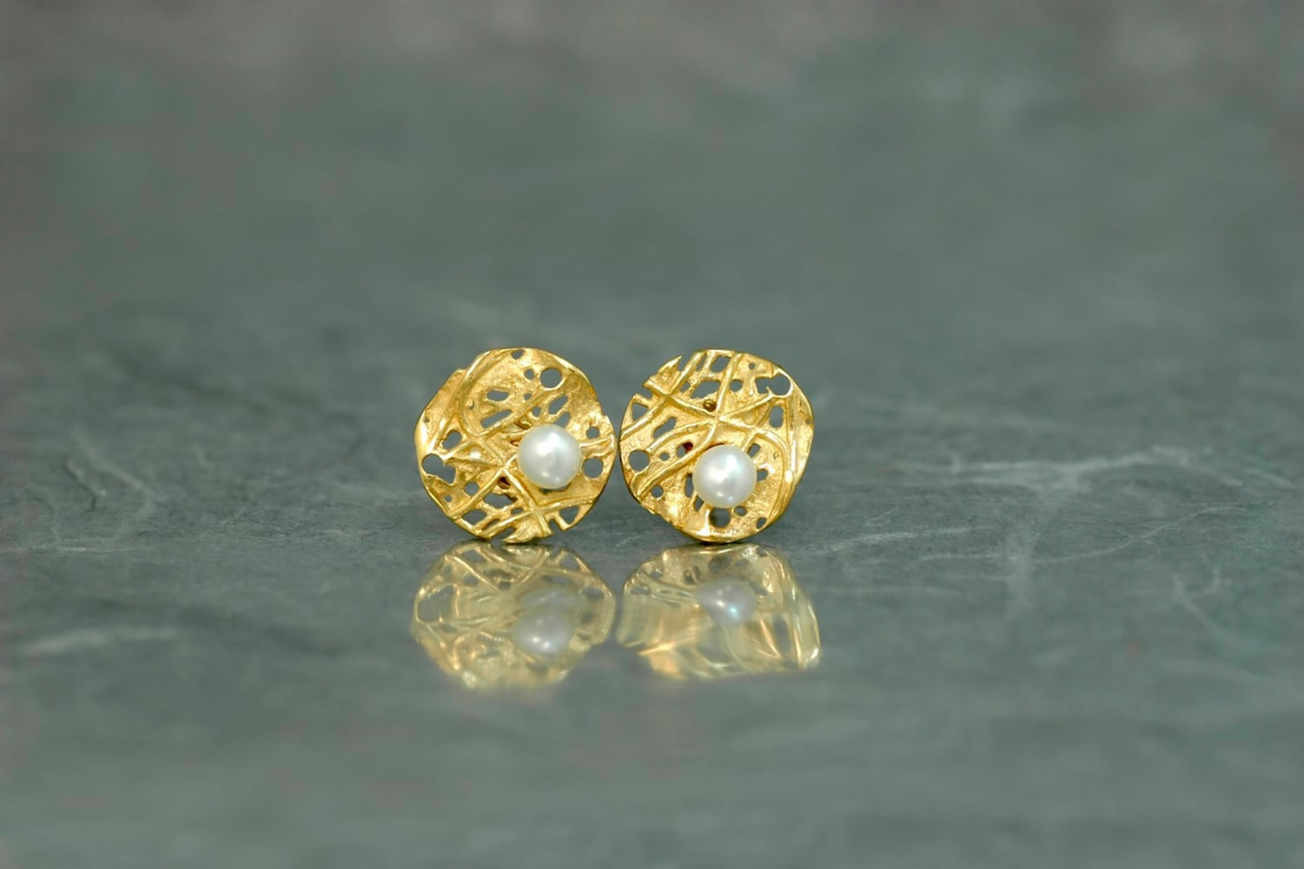EVOQUE PERLA Stud Earrings PP, with pearl and gold plated