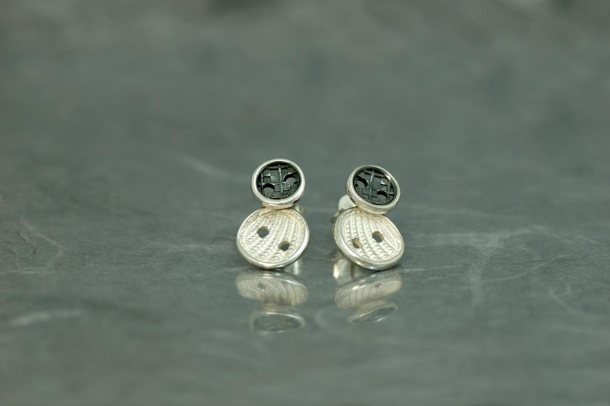 COUTURE - Stud earrings ref.P, with oxidized silver finish