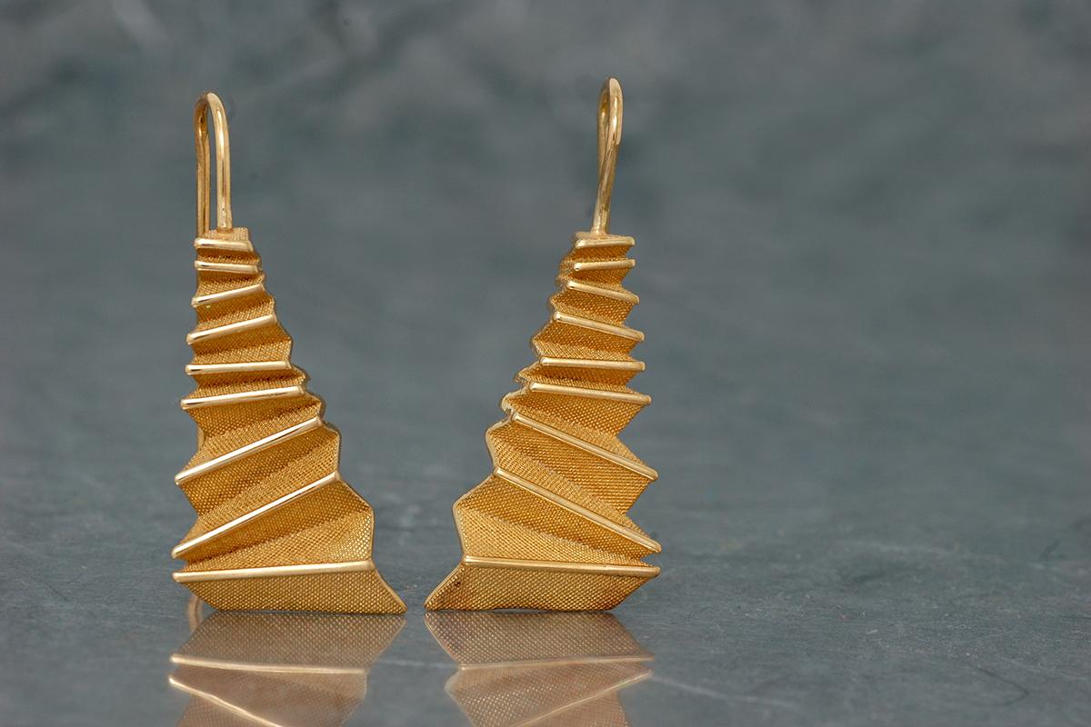 Origami - Pendiente G Chapado G. Fijo (38x16mm)
