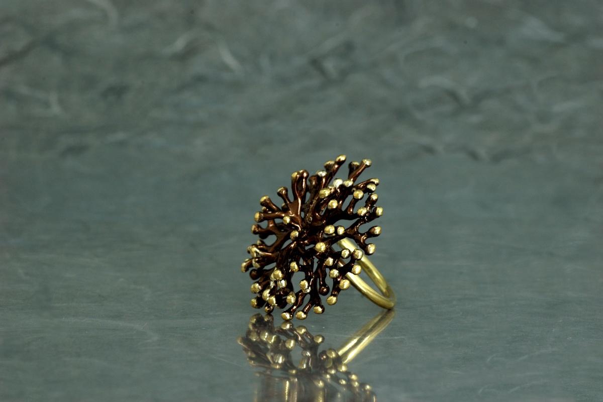 ANEMONA -Sortija ref. SSSSG, con acabado galvanizado y chapado en oro