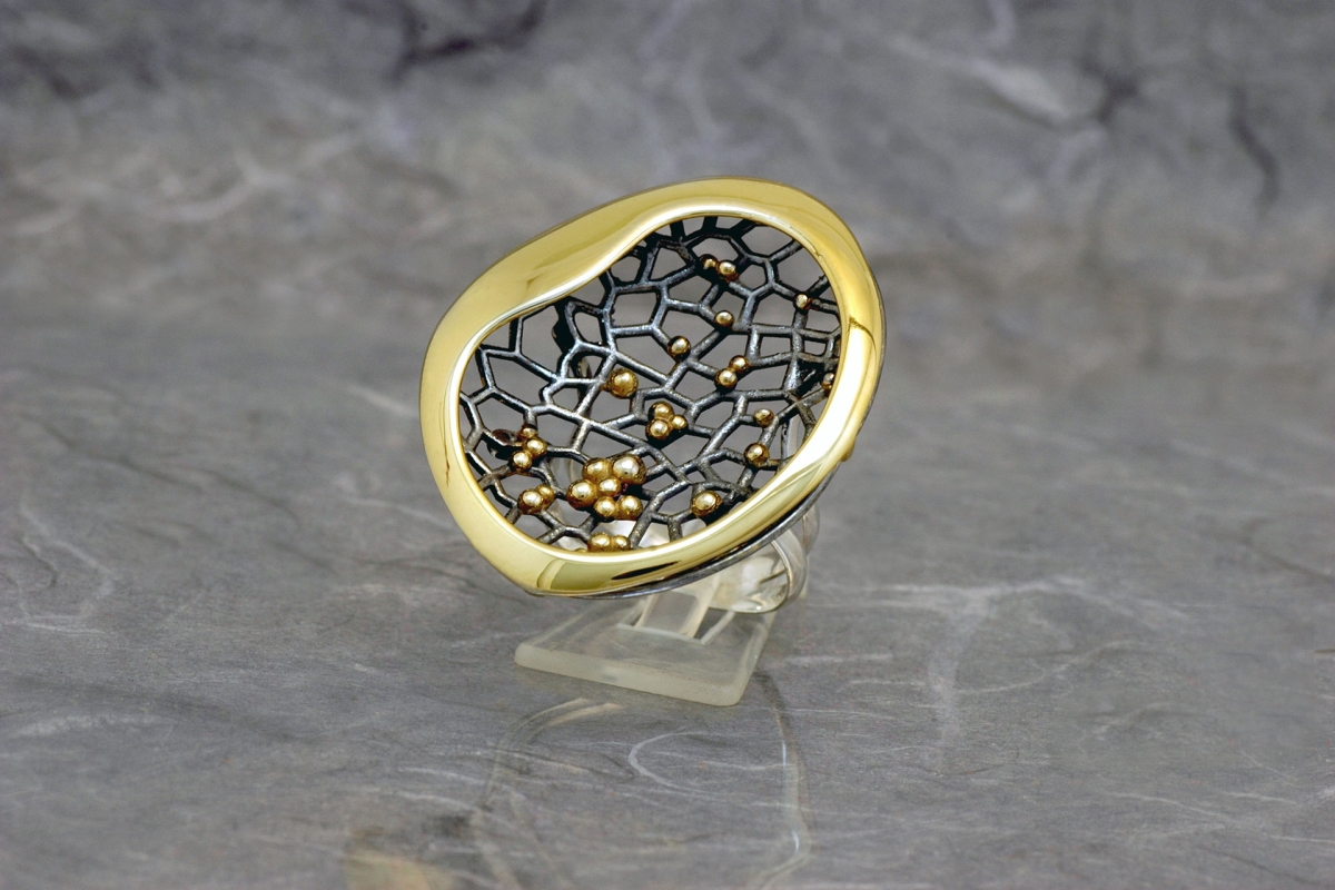 CASIOPEA DOBLE - Ring M, with galvanized finish and gold plated - Galicia Calidade