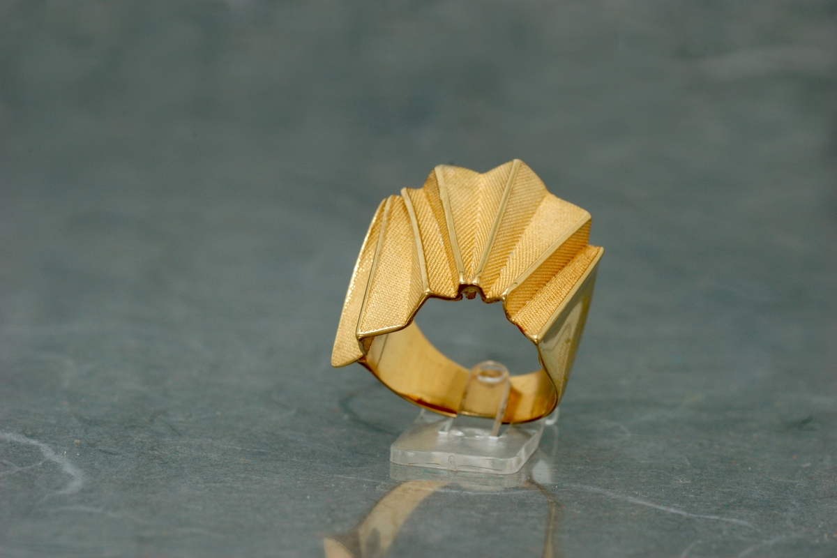 ORIGAMI - Ring P, gold plated