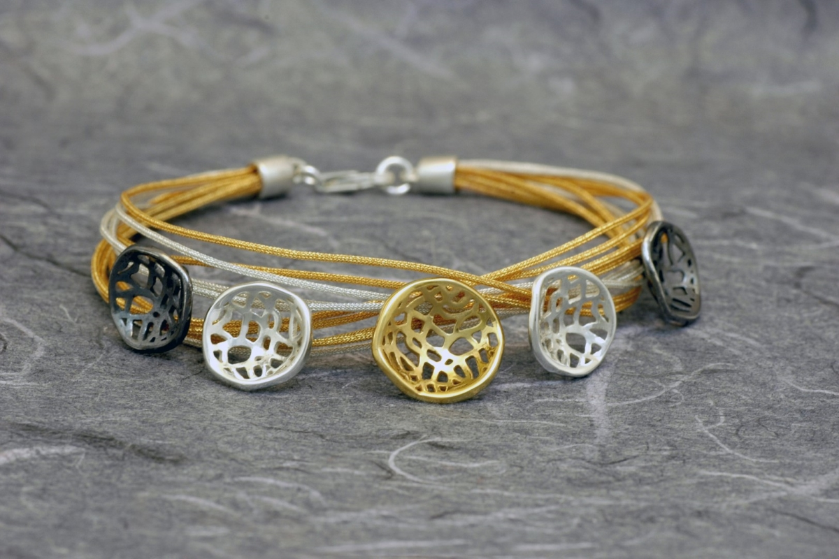 MADISON - Bracelet M, with threads and gold plated
