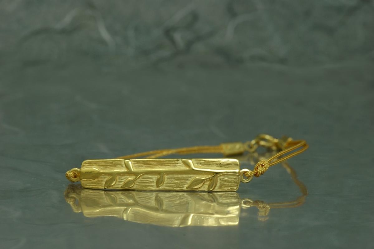 BAMBU - Pulsera G Hilos, con acabado chapado en oro
